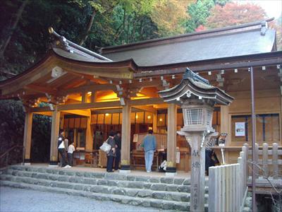 復縁で有名な神社!貴船神社